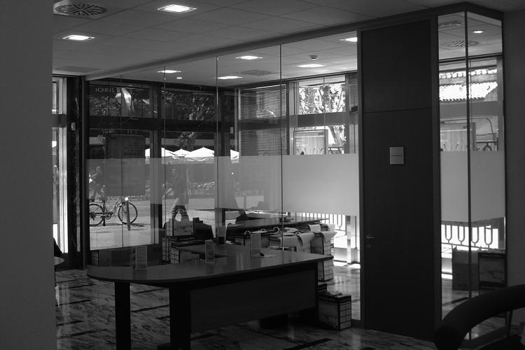 Bbva oficinas de atenci n al p blico artis for Banco bilbao vizcaya oficinas