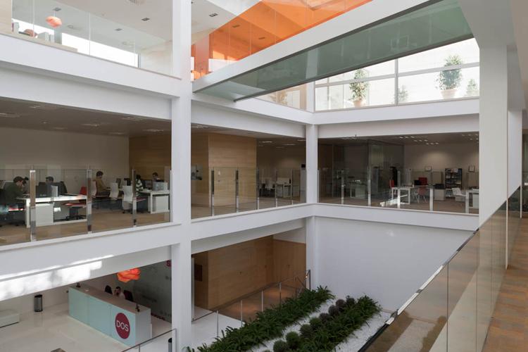 Oficinas sm2 en el parc bit artis for Oficinas bbva palma de mallorca