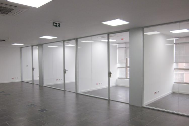 Oficinas institucionales del ministerio de ambiente de for Oficinas bbva terrassa